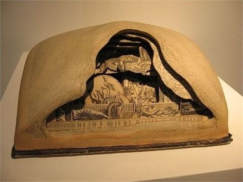 Độc đáo nghệ thuật cắt sách 3D Nhật Bản (13)