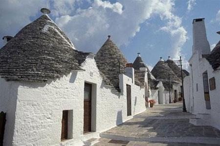 Thành phố Alberobello - độc đáo những ngôi nhà đá không cần vữa
