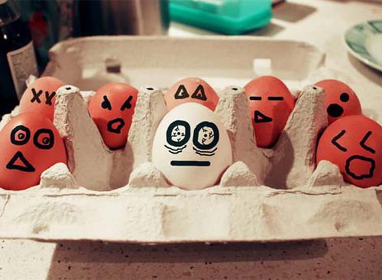 Những bức ảnh trang trí trứng vui nhộn   trung ga, trang tri trung, tac pham, sang tao, sáng tạo, ngộ nghĩnh, ngo nghinh, doc dao, độc đáo, thu vi, thú vị, anh vui trung   anh vui cuoi (19)