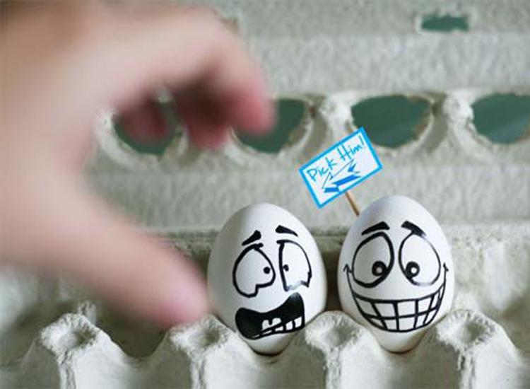 Những bức ảnh trang trí trứng vui nhộn   trung ga, trang tri trung, tac pham, sang tao, sáng tạo, ngộ nghĩnh, ngo nghinh, doc dao, độc đáo, thu vi, thú vị, anh vui trung   anh vui cuoi (18)