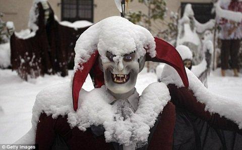 Tại Mỹ: Tuyết rơi bất thường trước Halloween