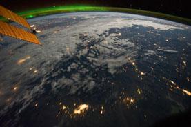 [Video] Quang cảnh tuyệt đẹp của trái đất nhìn từ vũ trụ