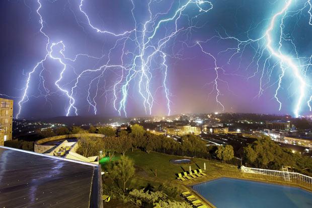 Ảnh thời tiết ấn tượng nhất năm 2011 (15)