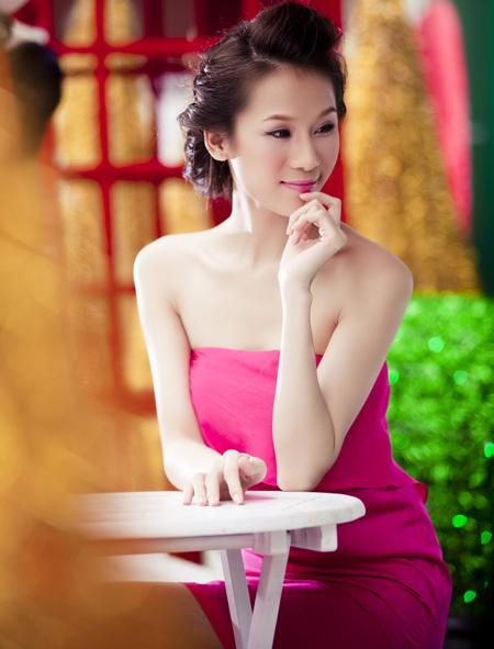 Thái Hà rộn ràng đón Giáng sinh   thai ha, anh nguoi dep, nguoi dep, sieu mau phong cach, diu dang, nu tinh, noel, giang sinh (10)