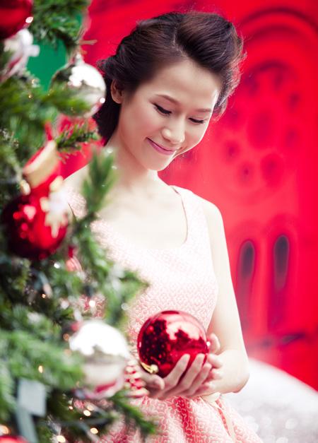 Thái Hà rộn ràng đón Giáng sinh   thai ha, anh nguoi dep, nguoi dep, sieu mau phong cach, diu dang, nu tinh, noel, giang sinh (6)
