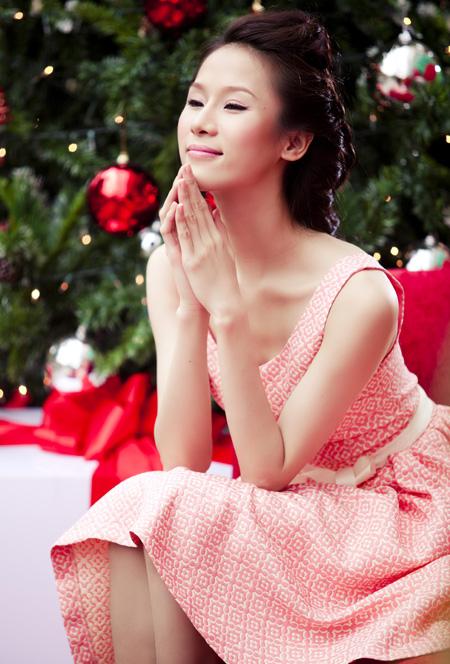 Thái Hà rộn ràng đón Giáng sinh   thai ha, anh nguoi dep, nguoi dep, sieu mau phong cach, diu dang, nu tinh, noel, giang sinh (3)