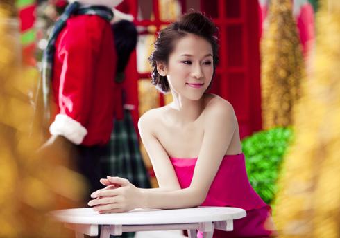 Thái Hà rộn ràng đón Giáng sinh   thai ha, anh nguoi dep, nguoi dep, sieu mau phong cach, diu dang, nu tinh, noel, giang sinh (13)