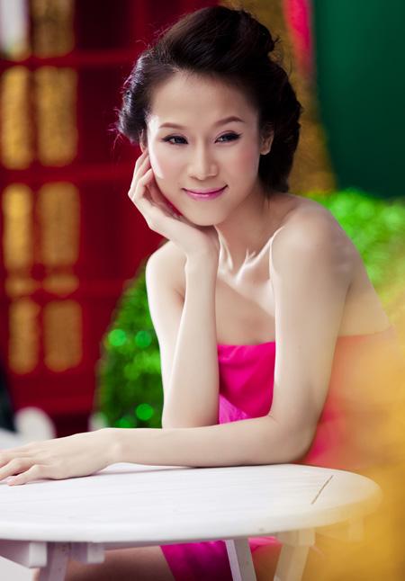 Thái Hà rộn ràng đón Giáng sinh   thai ha, anh nguoi dep, nguoi dep, sieu mau phong cach, diu dang, nu tinh, noel, giang sinh (12)