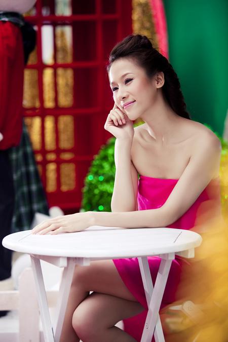 Thái Hà rộn ràng đón Giáng sinh   thai ha, anh nguoi dep, nguoi dep, sieu mau phong cach, diu dang, nu tinh, noel, giang sinh (11)