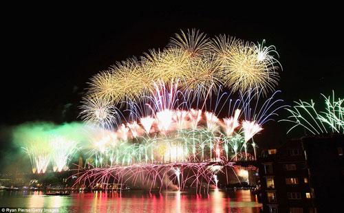 Thế giới tưng bừng pháo hoa đón chào năm mới 5 (4)