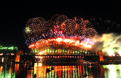 Thế giới tưng bừng pháo hoa đón chào năm mới