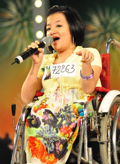 Vietnam's Got Talent - Phương Anh 'thủy tinh' đã viết câu chuyện đời rất đẹp
