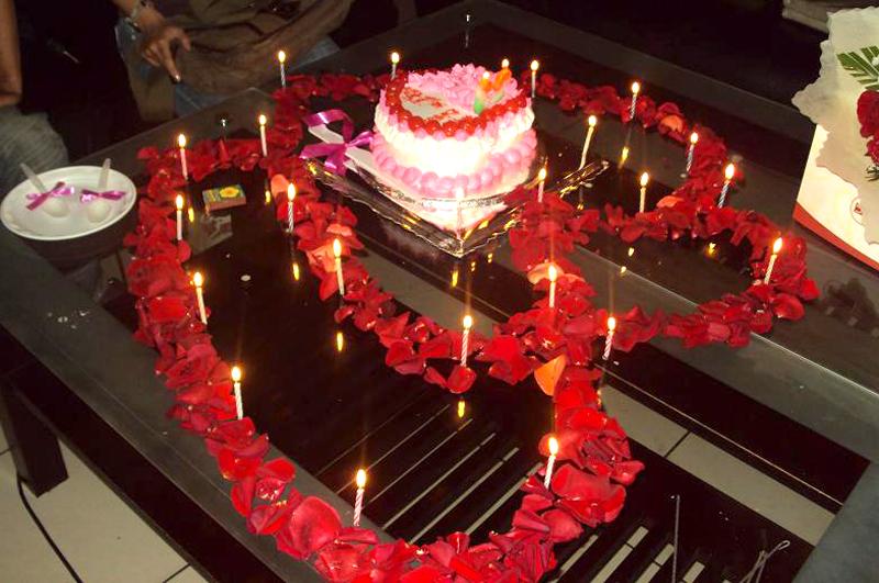 Với dịch vụ chăm sóc người yêu, trong tuần Lễ tình nhân (Valentine) khách hàng sẽ có những khoảnh khắc bất ngờ thú vị
