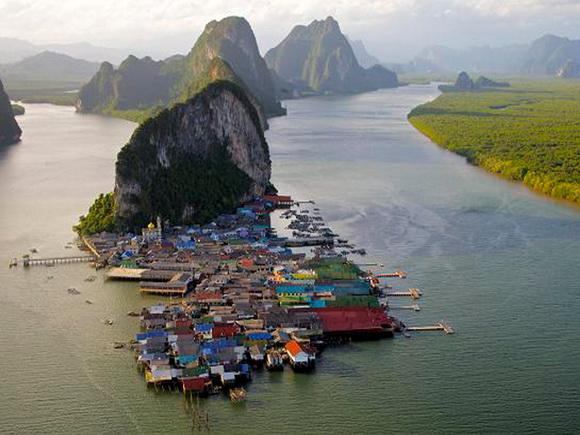 Ảnh: 10 ngôi làng đẹp nhất thế giới