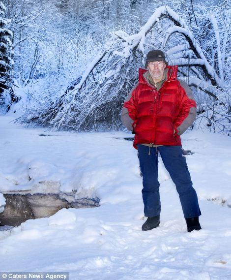 Ảnh đẹp: Mê cung dưới lòng sông băng (4)