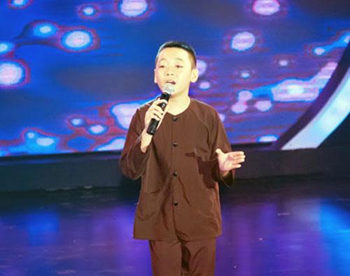 """Vietnam's Got Talent: Đến lượt Vũ Song Vũ """"hút hồn"""" khán giả"""