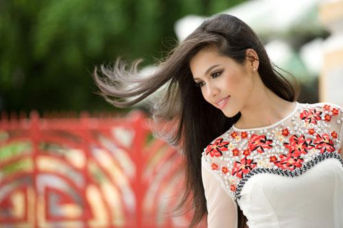 Ảnh đẹp: Áo dài - vẻ đẹp của phụ nữ Việt (10)