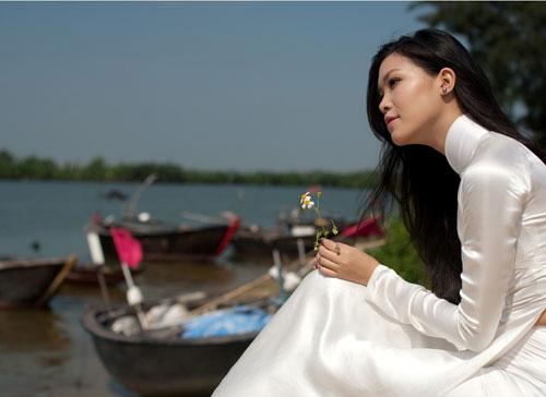 Ảnh đẹp: Áo dài - vẻ đẹp của phụ nữ Việt (1)