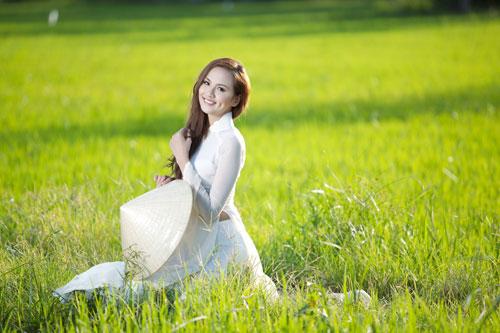 Ảnh đẹp: Áo dài - vẻ đẹp của phụ nữ Việt (6)
