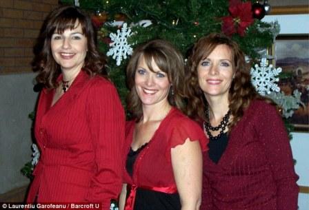 Hiếm có 2 chị em sinh đôi chung chồng với chị họ