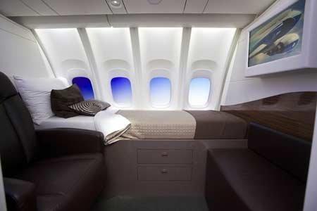 Bên trong máy bay chở khách lớn nhất của Boeing (7)