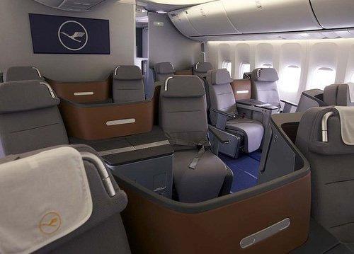 Bên trong máy bay chở khách lớn nhất của Boeing (4)