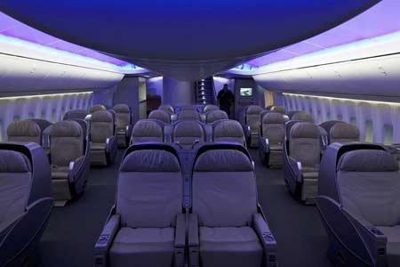 Bên trong máy bay chở khách lớn nhất của Boeing (1)