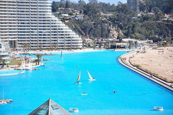 Ngắm bể bơi ngoài trời lớn nhất thế giới (8)