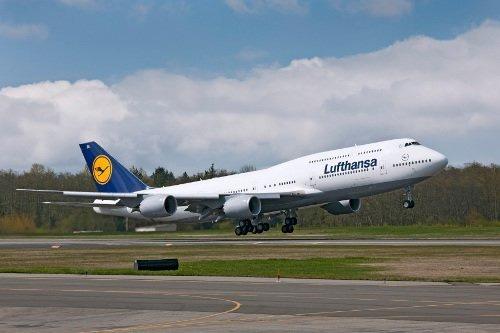 Bên trong máy bay chở khách lớn nhất của Boeing (12)