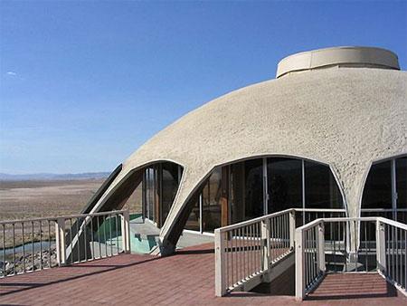 Ngắm ngôi nhà 16 tỷ trên miệng... núi lửa | Ngôi nhà lạ | Núi lửa (5)