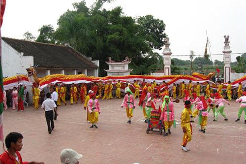 Rồng vải dân gian dài nhất Việt Nam