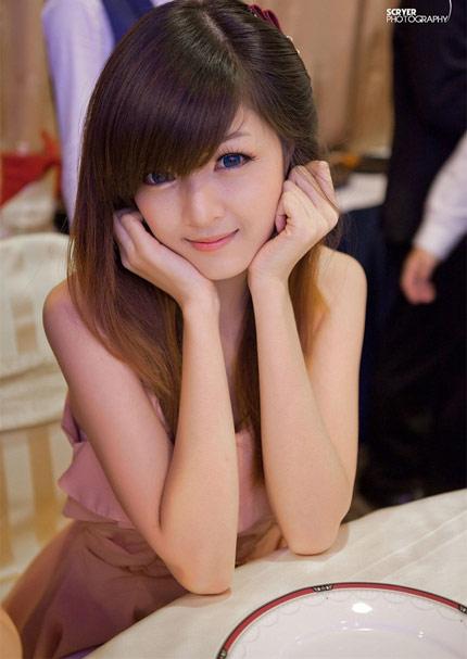 Nguyễn Thị Lượm - Thiếu nữ Việt xinh đẹp như búp bê (2)