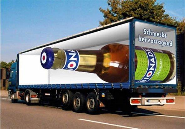 Những mẫu quảng cáo 3D hài hước trên xe tải (5)