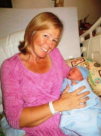 Bà ngoại sinh… cháu trai | Chuyện lạ (4)