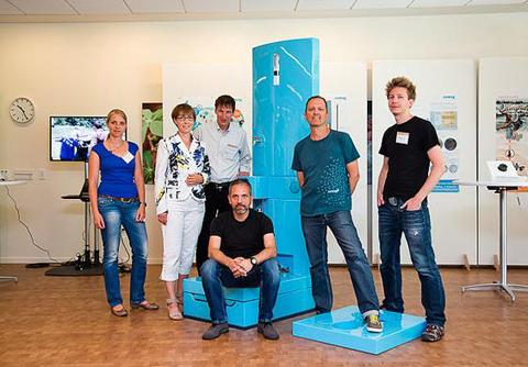 Ảnh Bill Gates cùng 8 dự án toilet giá rẻ