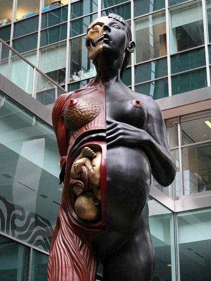 Những bức tượng kỳ dị nhất thế giới (1)