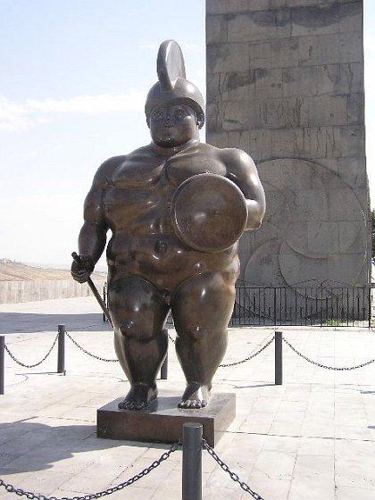 Những bức tượng kỳ dị nhất thế giới (7)