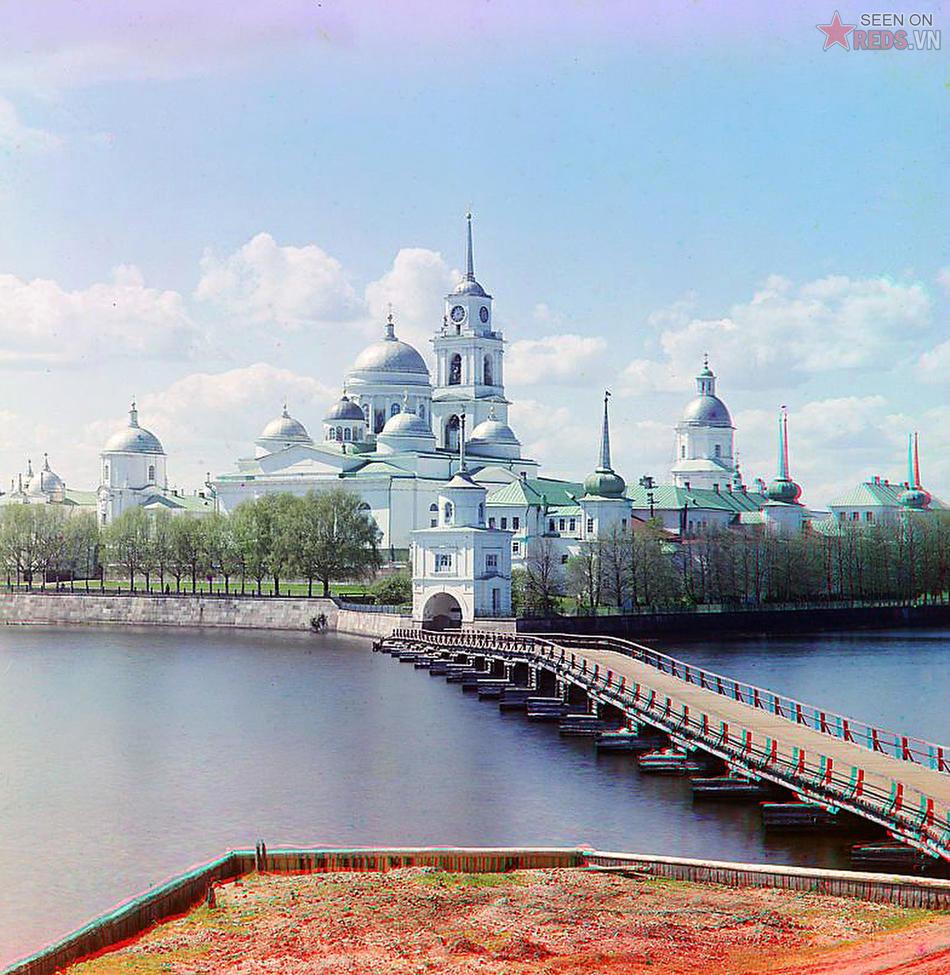 Tu viện Thánh Nil Stolbenski, nằm bên hồ Seliger; 1910