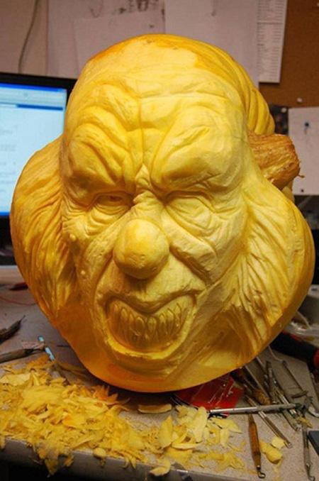 """""""Choáng"""" với những tác phẩm điêu khắc bí ngô đón lễ hội Halloween (6)"""