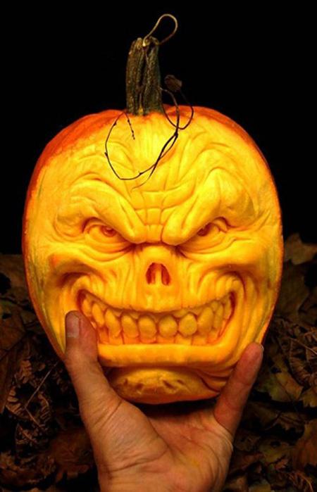 """""""Choáng"""" với những tác phẩm điêu khắc bí ngô đón lễ hội Halloween (5)"""