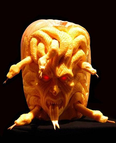 """""""Choáng"""" với những tác phẩm điêu khắc bí ngô đón lễ hội Halloween (14)"""