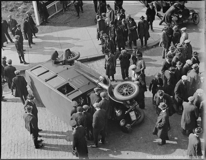Xem ảnh ô tô cổ gặp...tai nạn (15)