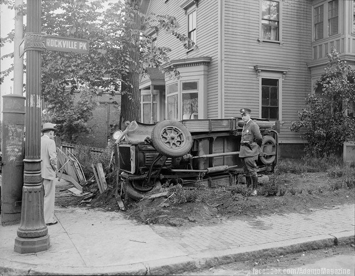 Xem ảnh ô tô cổ gặp...tai nạn (9)