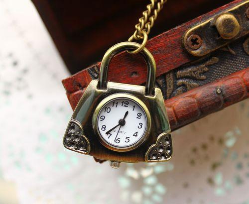 Những chiếc đồng hồ độc đáo (4)