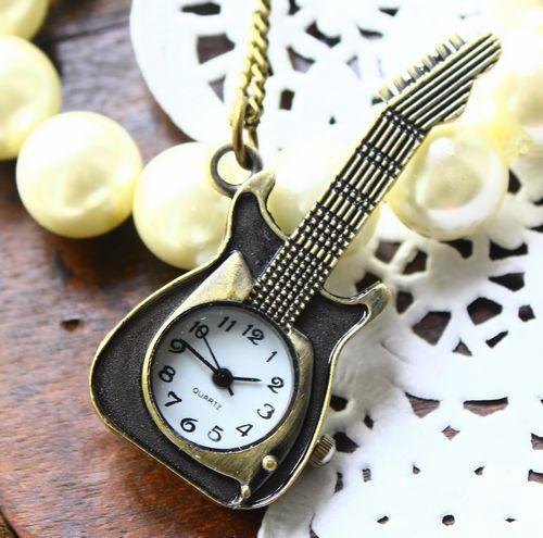 Những chiếc đồng hồ độc đáo (12)