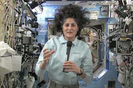 Bà Sunita Williams, chỉ huy đoàn phi hành gia thứ 33 của ISS. Ảnh: NASA.