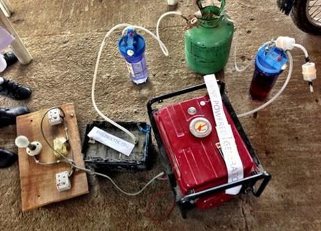 Chiếc máy phát điện chạy bằng nước tiểu