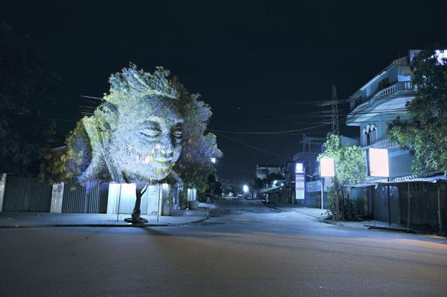 Kinh ngạc tượng 3D từ...cây và ánh sáng | Chuyện lạ (9)