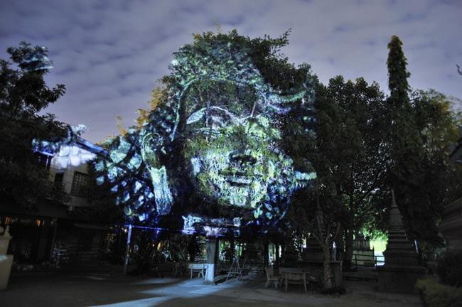 Kinh ngạc tượng 3D từ...cây và ánh sáng | Chuyện lạ (2)