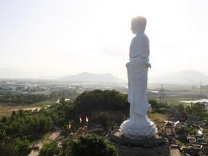 Tượng phật cao nhất VN tại Nha Trang